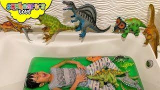 Dinosaurs in Slime bath!!