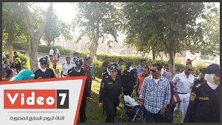 الشرطة النسائية تواصل جولاتها بالحدائق فى رابع أيام العيد