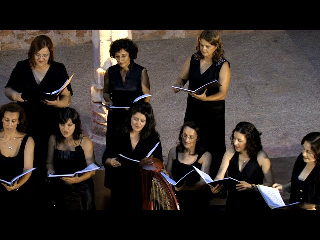 Angelus ad Virginem, from Dancing Day, J. Rutter. VokalArs. Dir.: Nuria Fernández Herranz