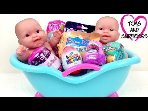 Видео: Видео с куклой Пупсик Игрушки для Девочек с сюрпризами Baby Dolls Bathtime surprises