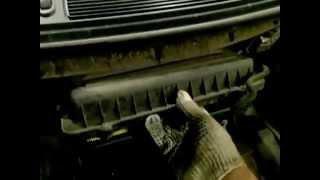 Skoda Fabia/Шкода Фабиа как поменять воздушный фильтр/Replacement air filter.