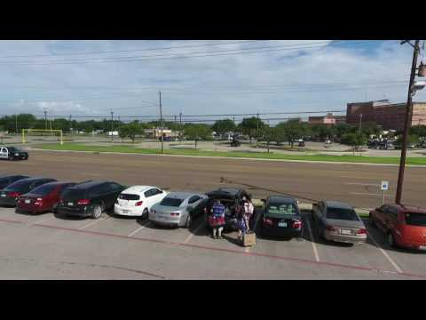UHV Move in Day 2016