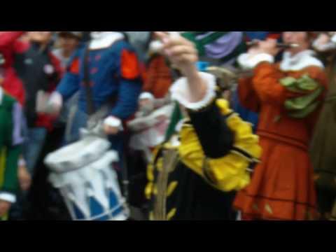 Beim Antrommeln Rutenfest LK 2010 24.07.