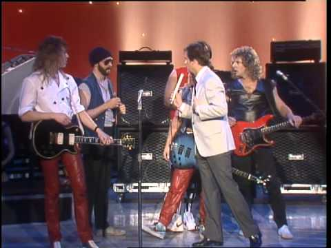 Dick Clark Interviews Night Ranger on American Bandstand 1984