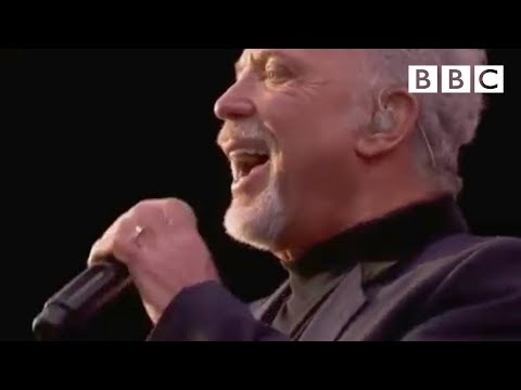 Tom Jones - It's Not Unusual at T in the Park 2011