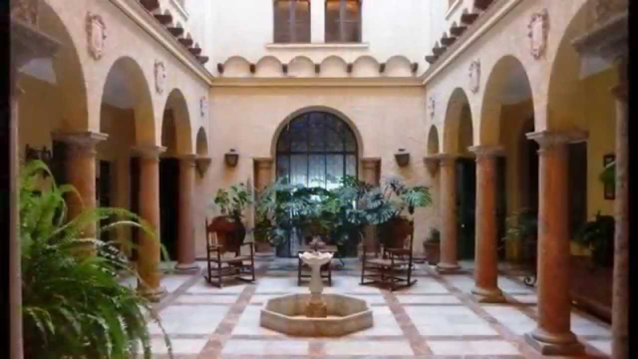 Andujar Classic Spanish Town House With Enclosed Courtyards Built In 1875