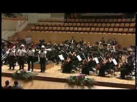 FERRER FERRAN - CARROUSEL, Comic Fantasy for Trombone Quartet and Wind Orchestra