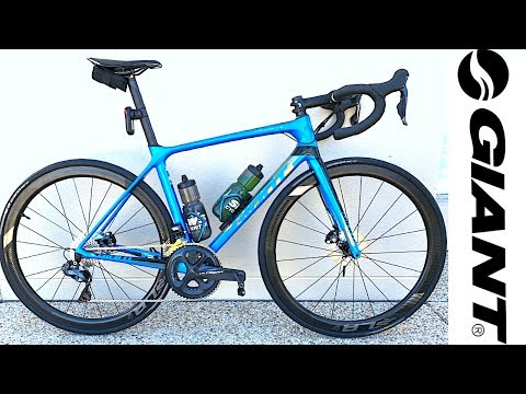 747a1fd107f NEW BIKE DAY! Giant TCR Advanced Pro 0 Disc 2019 - YouTube
