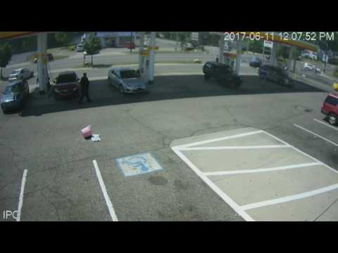 WARNING: GRAPHIC CONTENT - Kalamazoo Shell video records fatal accident