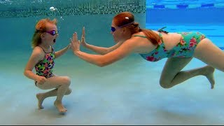 Swimming with Sarah - Underwater Pool Games