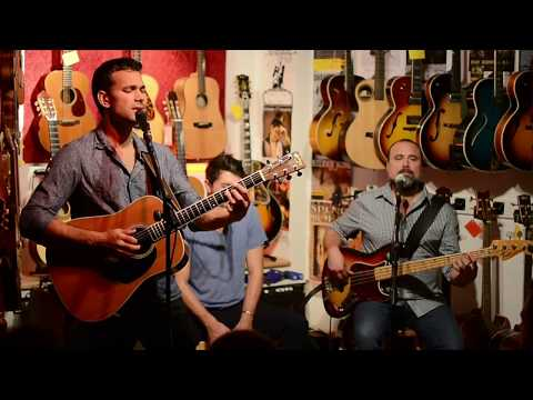 Joel Havea Trio - Little Longings  Live at Berlin Guitars, 2017