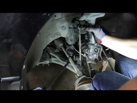 How to Replace Shocks & Struts on a Acura RDX