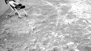 Nicolas Jaar - Too Many Kids Finding Rain In The Dust