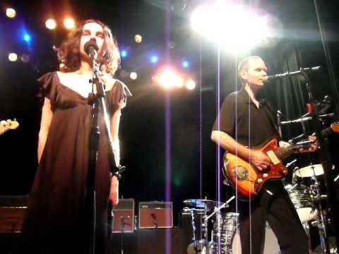 PJ Harvey & John Parish - False Fire @ at Irving Plaza NYC 03-26-2009