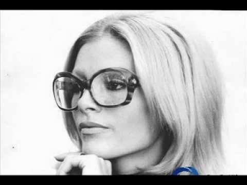 Ajda Pekkan - Sen Olurdun Yine mp3 indir