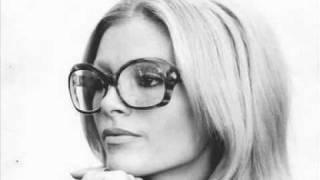 Ajda Pekkan - Sen Olurdun Yine