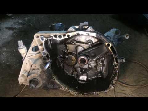 ремонт подвески и снятие мкпп рено сандеро