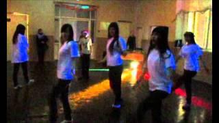 Новогодняя дискотека в школе
