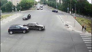 ДТП в Серпухове. Резко повернул не со своей полосы... 24 июня 2018г.