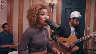 Baixar Time After Time - Cyndi Lauper - FUNK cover feat. India Carney!
