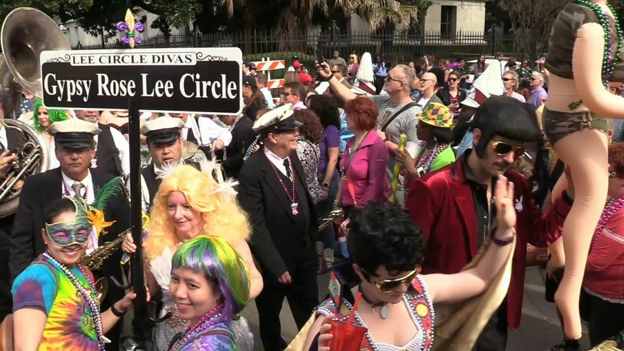 french quarter walking parades 2018 mardi gras new orleans youtube