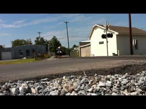 Wabash 1070 leads NS 111 Harrodsburg, KY