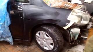 Nissan TIIDA  ремонт крыла,шпатлевка,замывка.