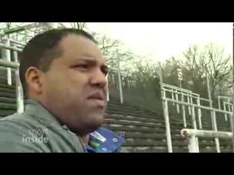 Fußball Präsident Lakis - Der Retter, der an sich denkt ...