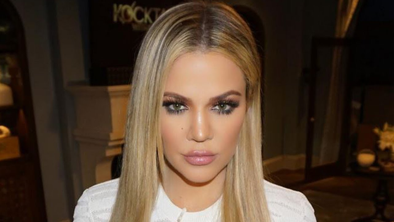Khloe Kardashian debuts new look and fans are freaking out