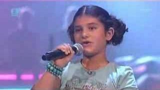 Maral zingt Wij zijn vriendinnen!