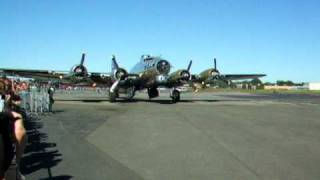 RARE Boeing B-17G engines running and startup - Teterboro airport New Jersey