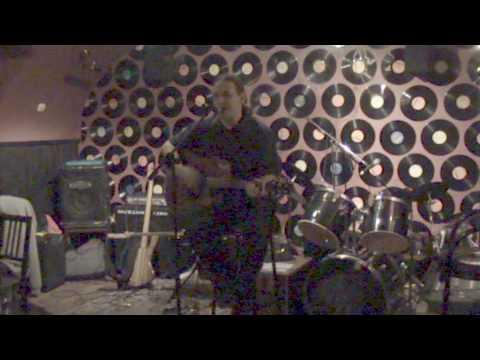 Uglee - Analóg-Digitál live