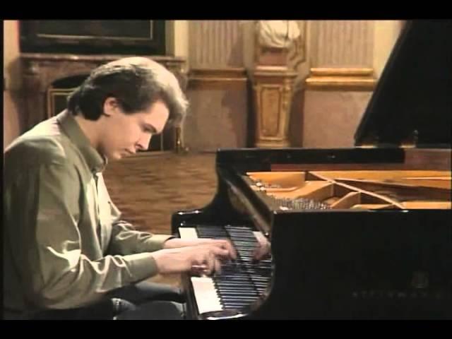 Recital Bach Scarlatti Beethoven Pogorelich Youtube