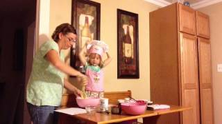 Cooking With Grace: Rhubarb-banana Muffins.