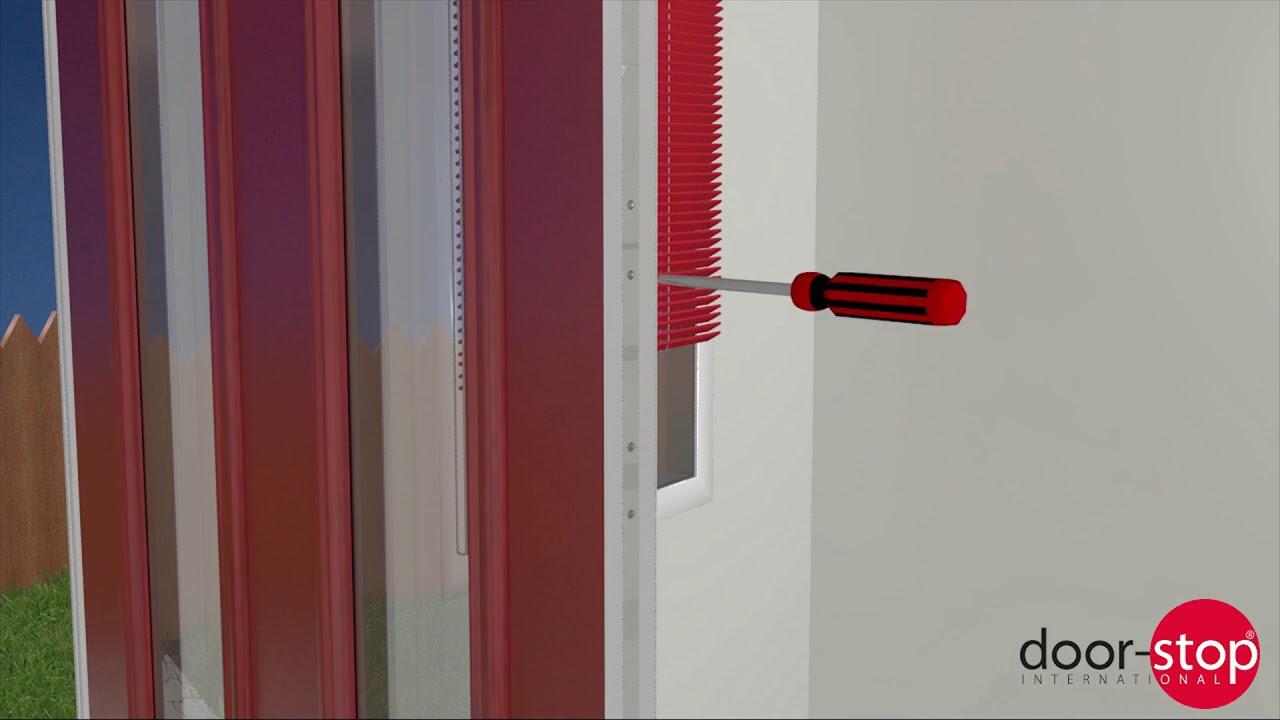 Keyhole strip