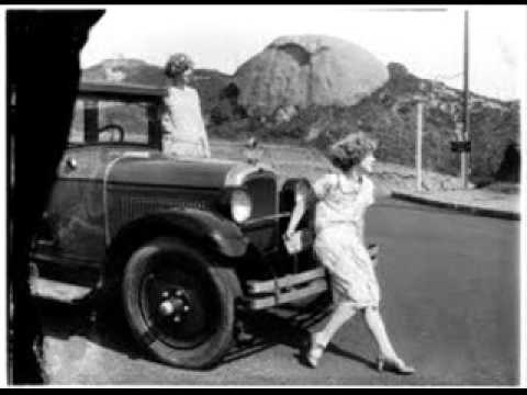 Charleston Chasers - Red Hair And Freckles (1929)