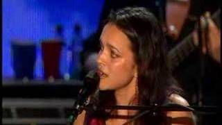 Bonnie Raitt & Norah Jones~Tennessee Waltz
