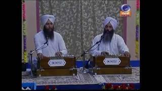 Bhai Sukhvir Singh Ji Garhdiwala Wale-----Tu kahe dole.flv