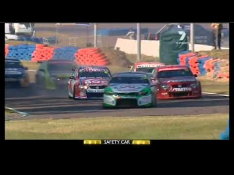 V8 2011 Event 6 (Darwin) Race 12 Highlights