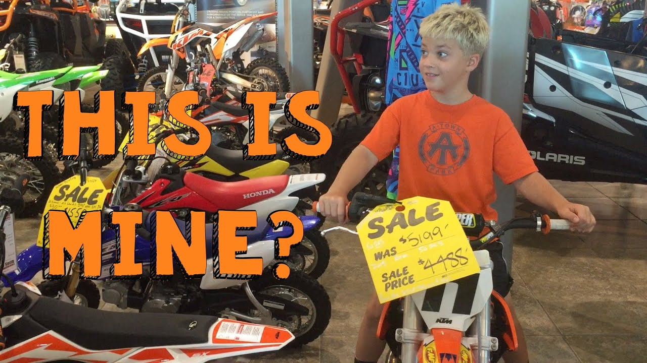 rocco riding ktm dirt bike youtube. Black Bedroom Furniture Sets. Home Design Ideas