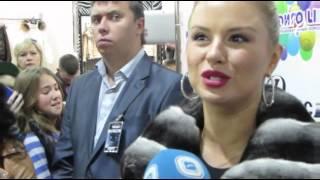 Анна Семенович на открытии  галереи кожи и меха «Роксан». 14.09.2013