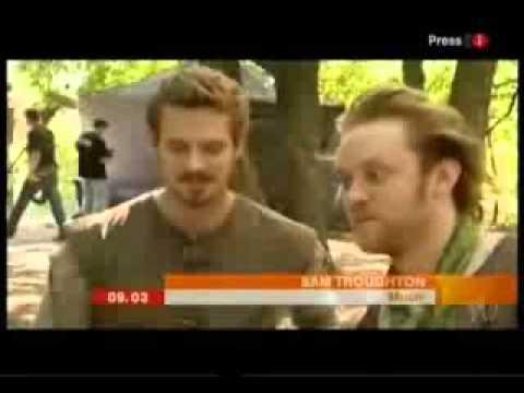 Joe Armstrong  & Sam Troughton BBC Breakfast    2006