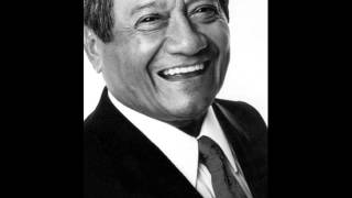 Watch Armando Manzanero Tengo video