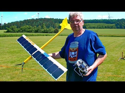 AMAZING RC SOLAR PLANE WITHOUT BATTERY SELFMADE FLIGHT DEMONSTRATION