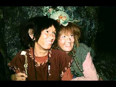 Trolltider Tema [Titelmelodi från Trolltider] © 1979 Sveriges Television