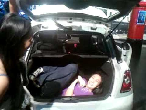 how to open mini cooper trunk from inside