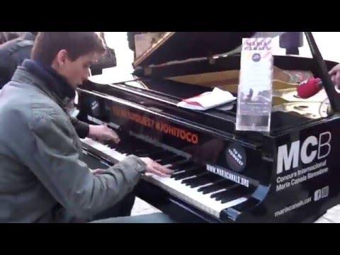 Spontaneous improvisation on Street Piano in Barcelona!