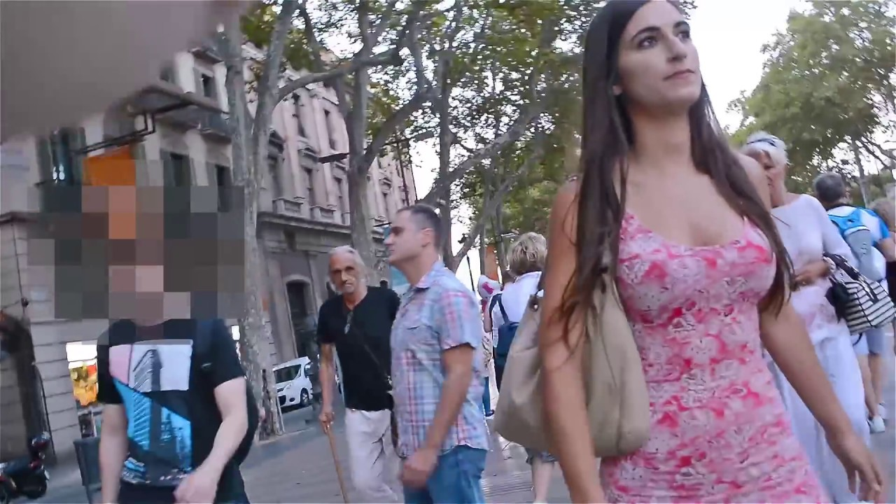 Imagenes de mujeres vestidas de barcelona