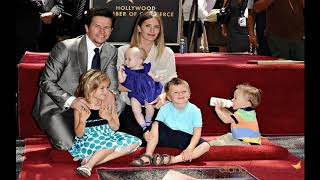 actor mark wahlberg with wife model Rhea Durham and their children