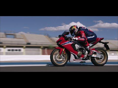Honda Fireblade: Fast, technologically advanced and lighter than ever